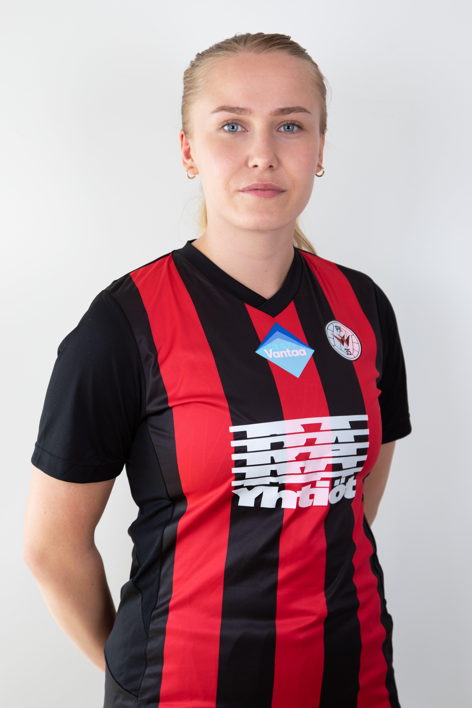 #26 Roosa Toivanen