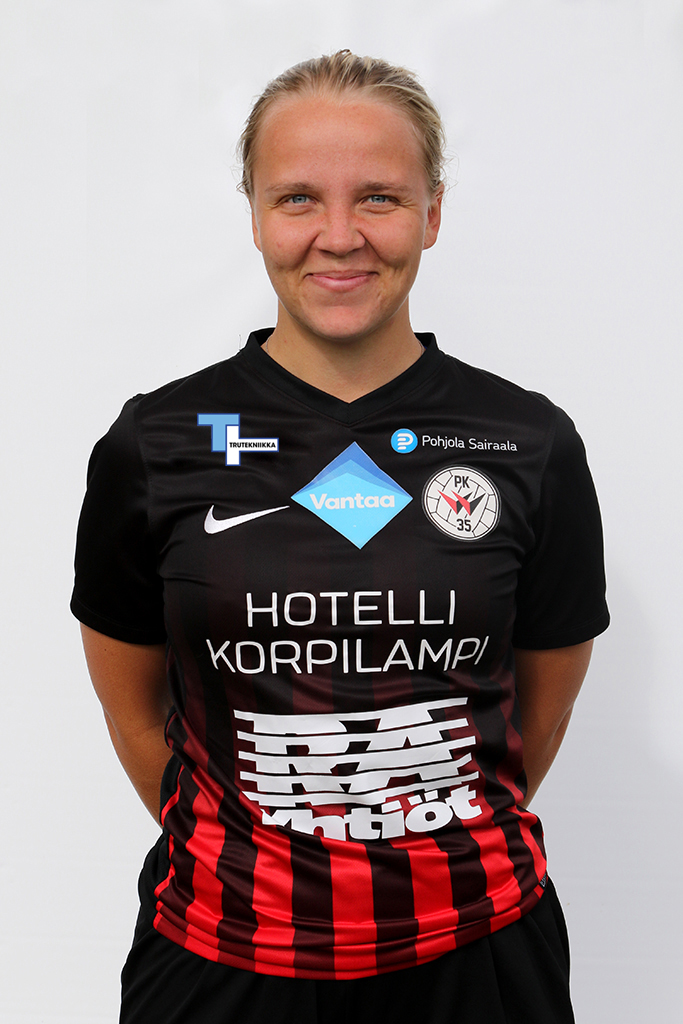 #28 Roosa Bröijer