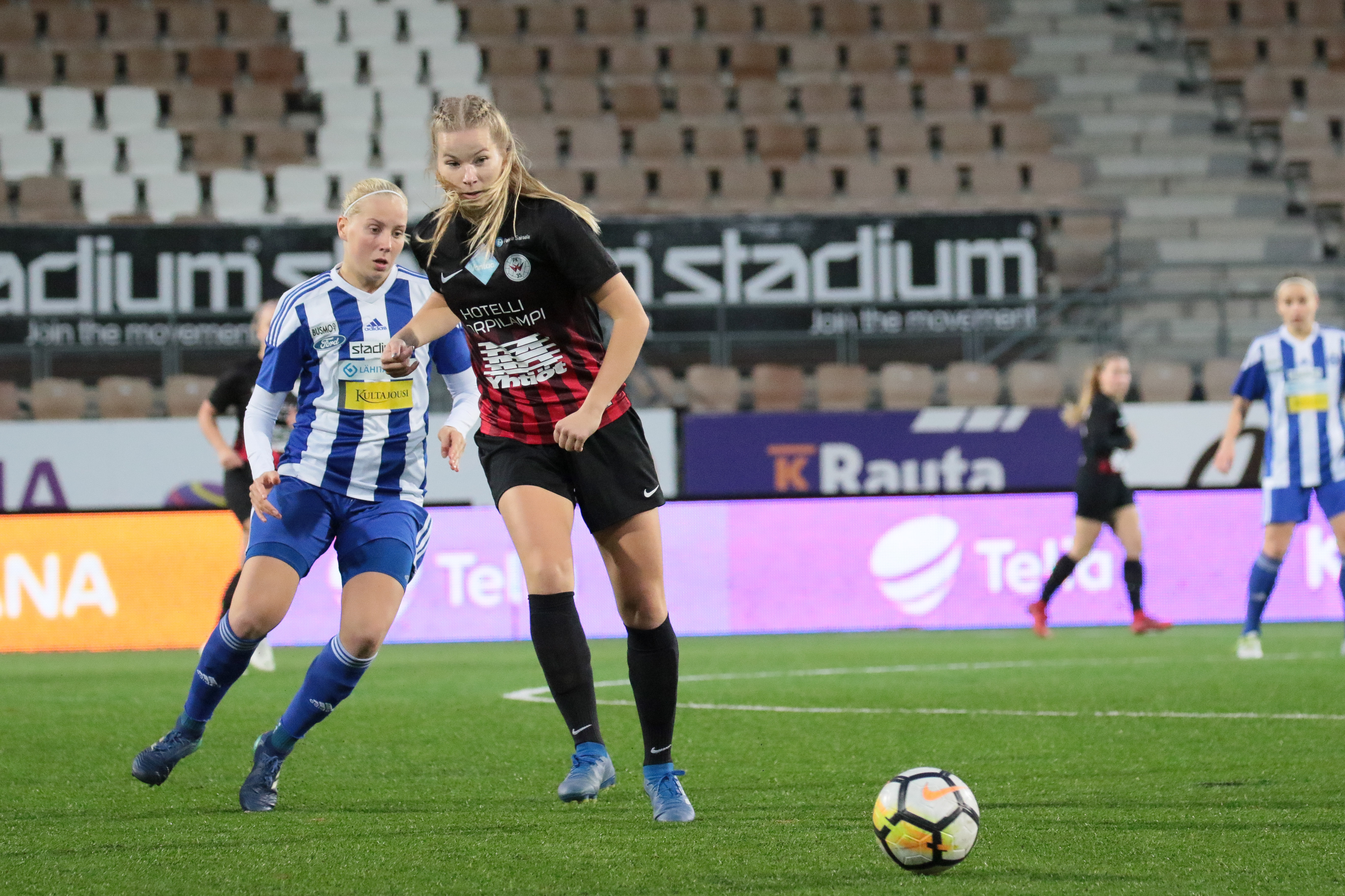 Eva Nyström Siirtyy Ruotsalaisen AIK:n Riveihin