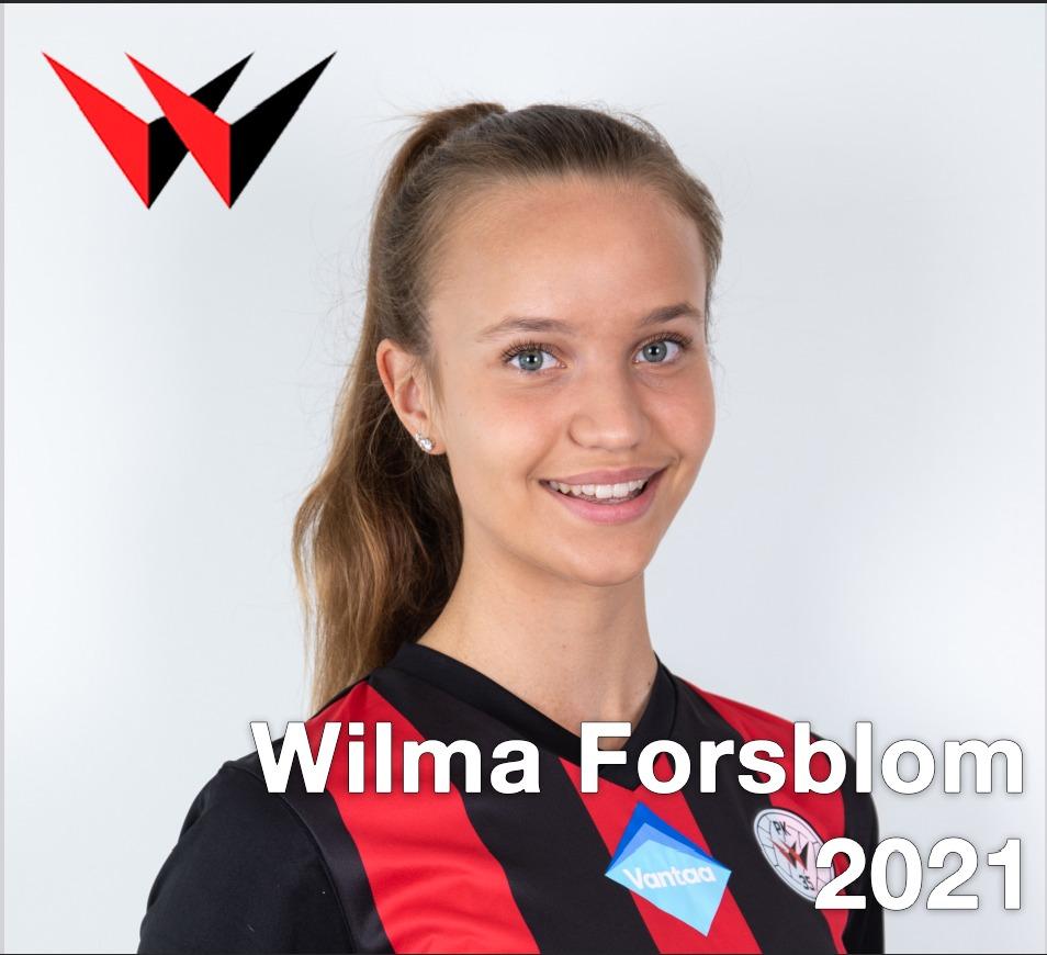 Wilma Forsblom Jatkaa Punamustissa
